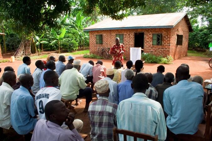 Coffee_Uganda_farmerfieldschool2