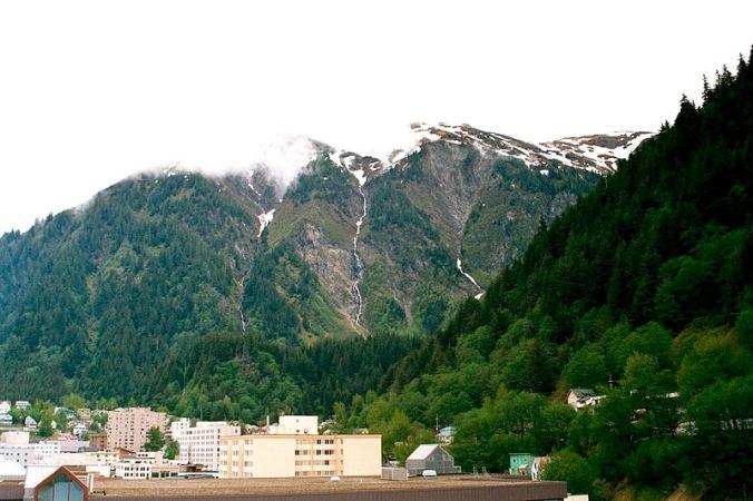 800px-Mount_Juneau_Alaska (1)