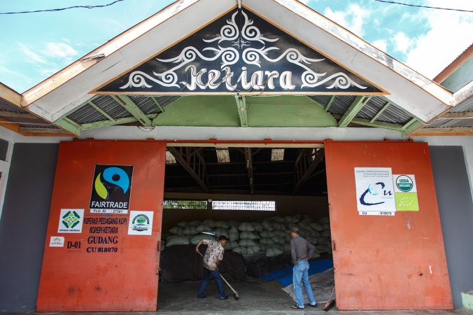 KopepiKetiara-Indonesia-Fairtrade-Coffee.jpg
